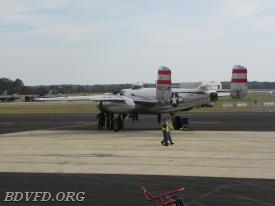 How about this old B-25 bomber that I got a close up. They wanted to know if I wanted to go for a ride. NO